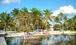 costa cocos beach